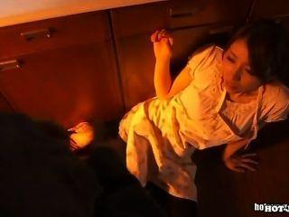 日本女孩攻擊熱的妻子在school.avi