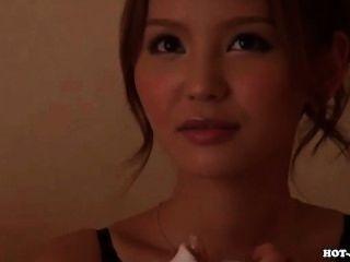 日本女孩誘惑甜私人教師sofa.avi