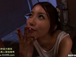 日本女孩性交誘人的成熟女人在床上room.avi