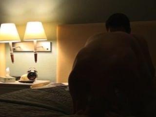 業餘twinks barefuck在酒店。